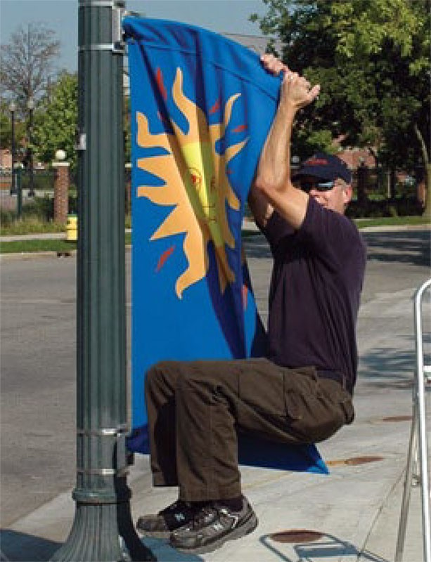 BannerFlex Metro Light Pole Banner Bracket