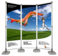 Versaflex 8 Foot Curved Banner Wall